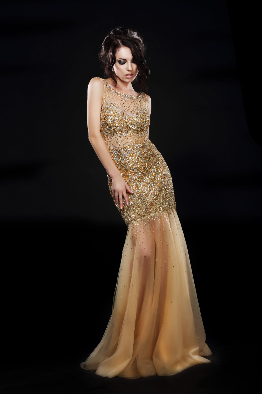 Louer une robe de soiree a lyon modeles de robes populaires for Louer une robe de soirée
