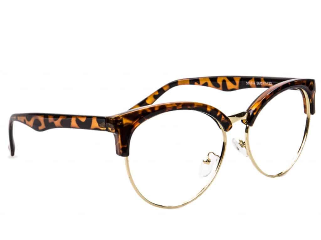 On nous promettait la fin des lunettes chères